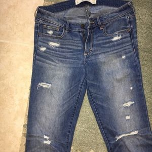 Abercrombie Fitch destroyed straight leg jeans 6L